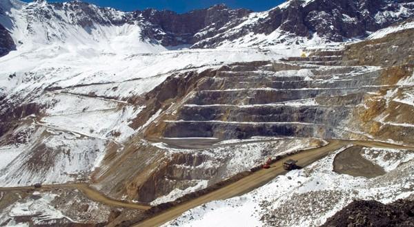 3-mayo-Andina-244-codelco-el-dinamo-areaminera-600x330.jpg